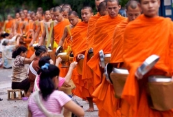 alms-giving-ceremony-laos