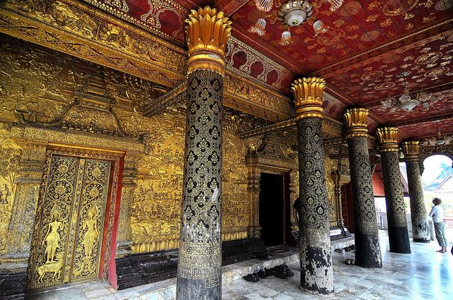 Wat Mai Suwannaphummaham
