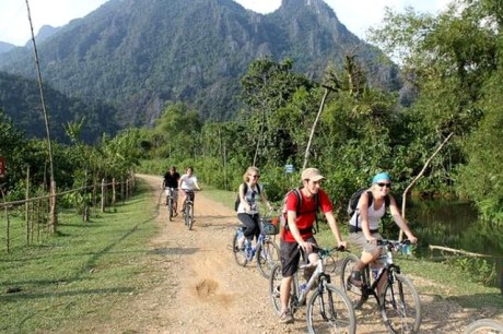 cycling in luang prabang